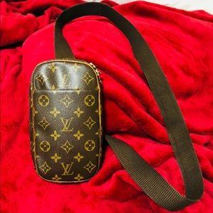 Authentic Louis Vuitton Gange Crossbody Bag